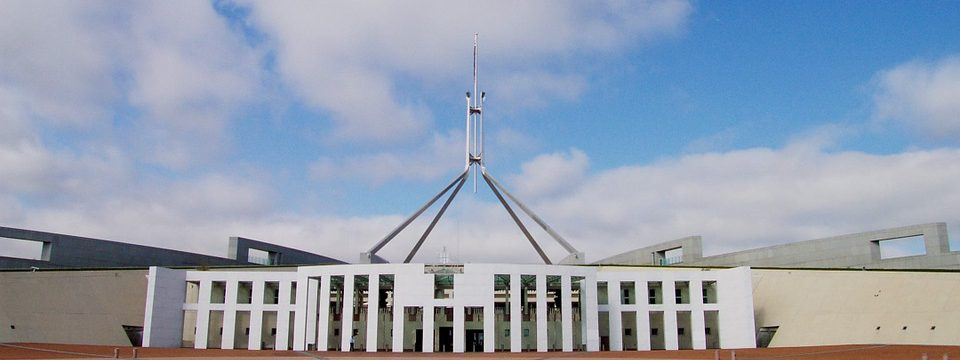 parliament-house-168300_960_720